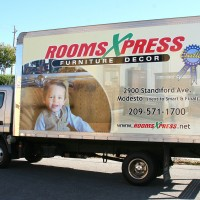 Rooms Xpress Truck Wrap