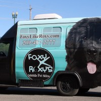 Foxy Roxy's Mobile Pet Salon Wrap
