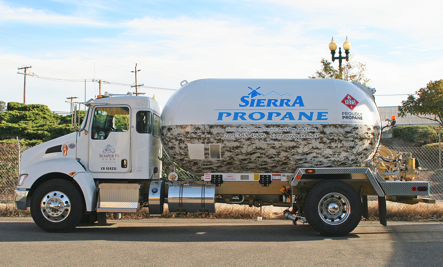 Sierra propane semper fi fund tanker wrap visual for Semper fi fund rating